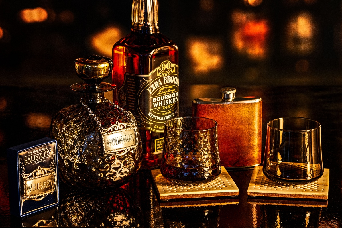 Types of Antique Decanters